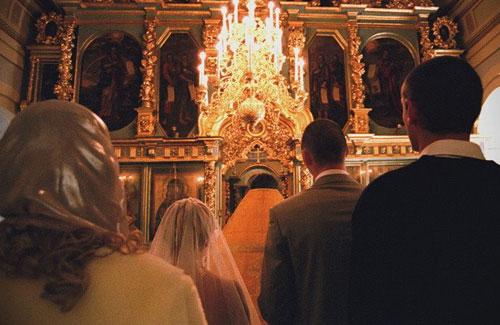 В.С. Стрелов. Покрывало для молящейся жены: что это может значить для Церкви сегодня?